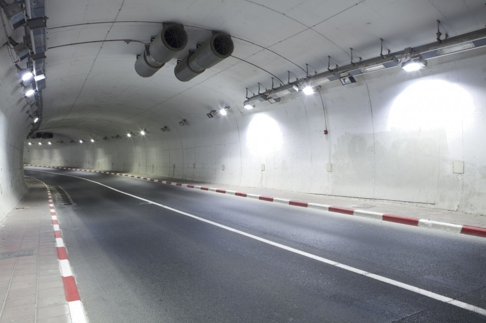 TESLA Tunnel LED